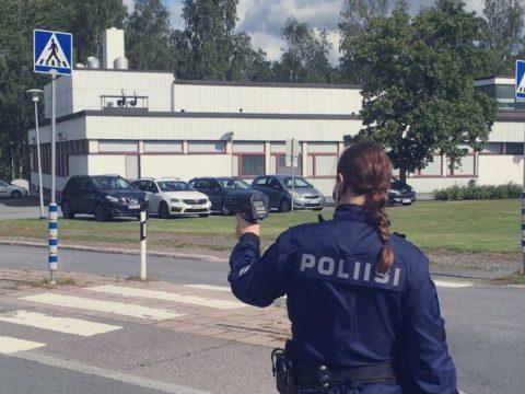 Vapun aikana 25:n kaaharin ajokortit hyllylle Itä-Uudellamaalla - myös kortittomia kuljettajia jäi useita kiinni 9