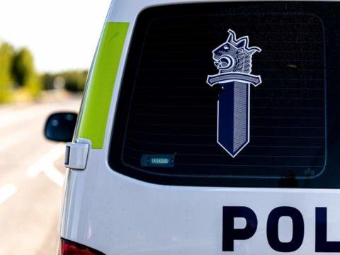 Hämeenlinnan keskustan liikenteessä törttöiltiin tiistaina päiväsaikaan: kiinni jäi kovakänninen rattijuoppo sekä kaahaillut moottoripyöräilijä - lisäksi Hämeenlinnassa tapahtui liikenneonnettomuus 8
